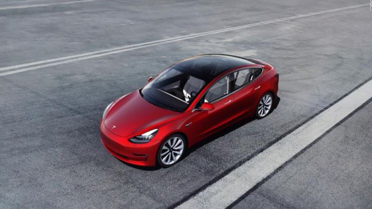 Tesla%27s+Model+3+Has+a+New+Price+Point